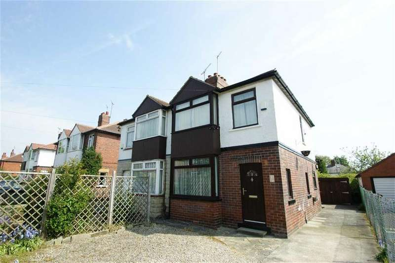 3 Bedrooms Semi Detached House for sale in Fearnville Terrace, Oakwood, LS8