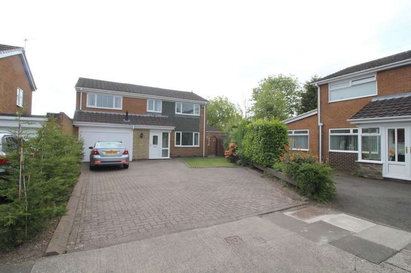 4 Bedrooms Detached House for sale in Dyke Nook Close, Whickham, Newcastle, NE16