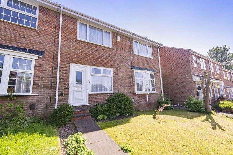 2 Bedrooms Terraced House for sale in ALDER CLOSE, OAKWOOD