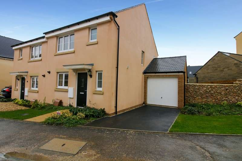 3 Bedrooms Semi Detached House for sale in Centenary Way, Bovey Tracey