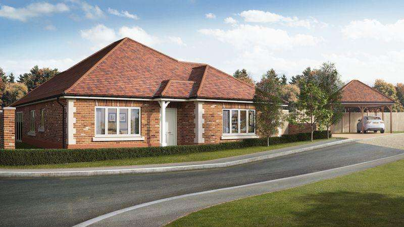 3 Bedrooms Detached Bungalow for sale in Woodfield Drive, Medstead, Alton, Hampshire