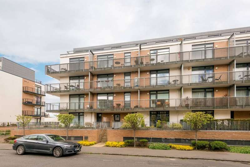 2 Bedrooms Flat for sale in 10/6 Hopetoun Street, Bellevue, EH7 4ND