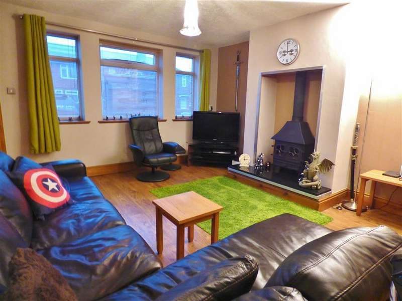 3 Bedrooms End Of Terrace House for sale in Kings Square, Beverley