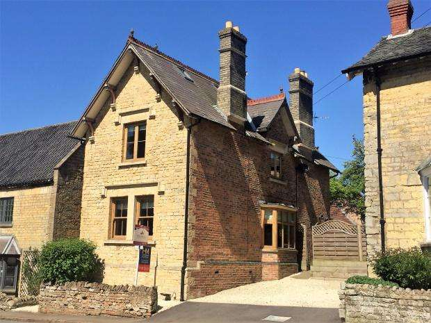 4 Bedrooms Cottage House for sale in High Street, Waltham On The Wolds, LE14