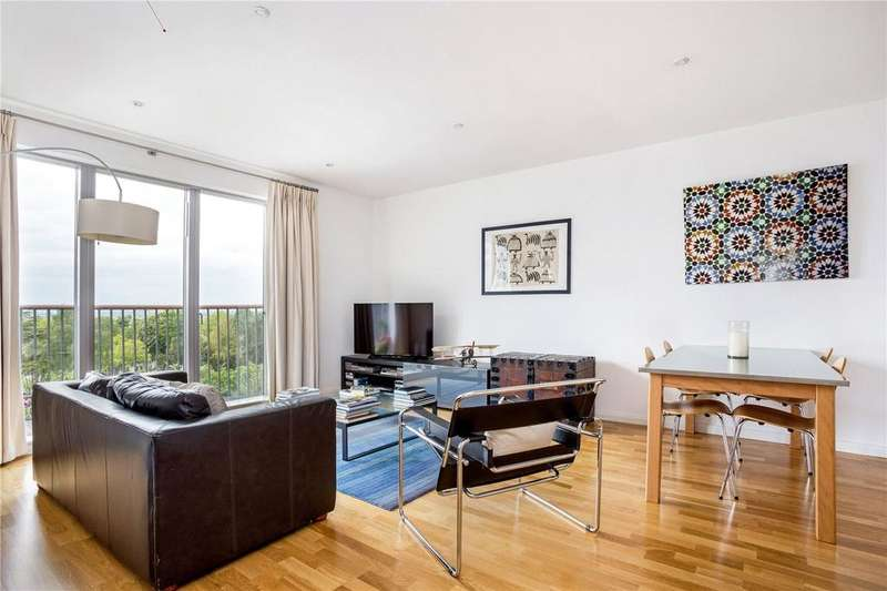 3 Bedrooms Flat for sale in Alfred Court, 53 Fortune Green Road, London, NW6