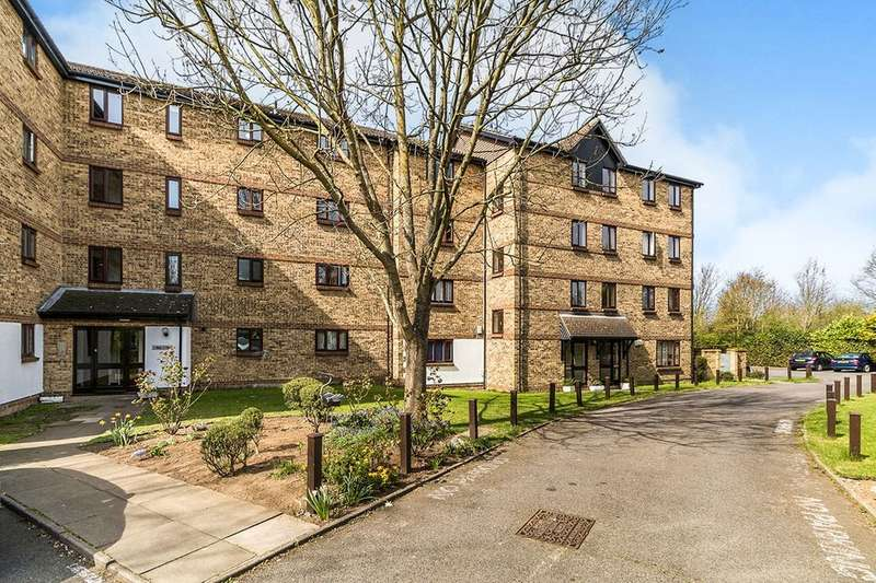2 Bedrooms Flat for sale in Chalkstone Close, Welling, DA16