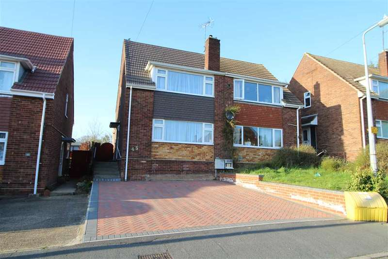 3 Bedrooms Semi Detached House for sale in Hugh Dickson Road, Colchester