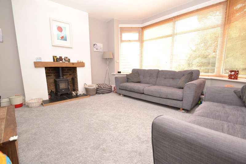 5 Bedrooms Maisonette Flat for sale in Southbourne