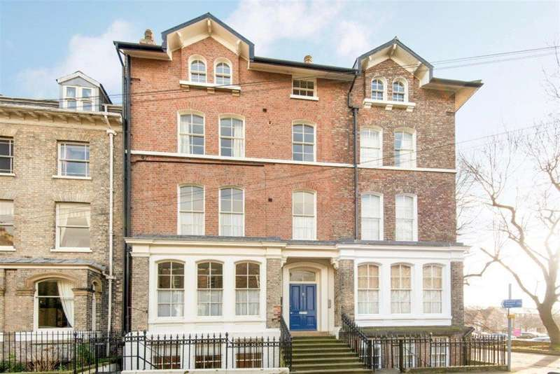 2 Bedrooms Apartment Flat for sale in St. Marys, York, YO30 7EB
