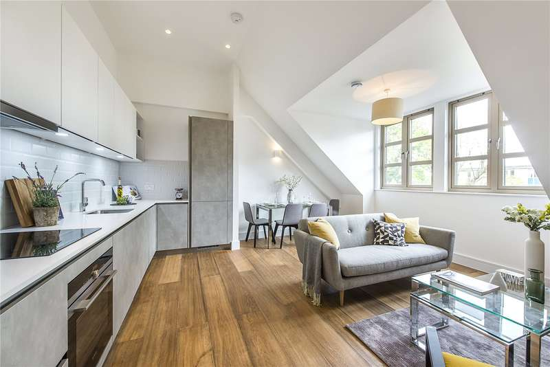 2 Bedrooms Flat for sale in 94 Lordship Park, London, N16