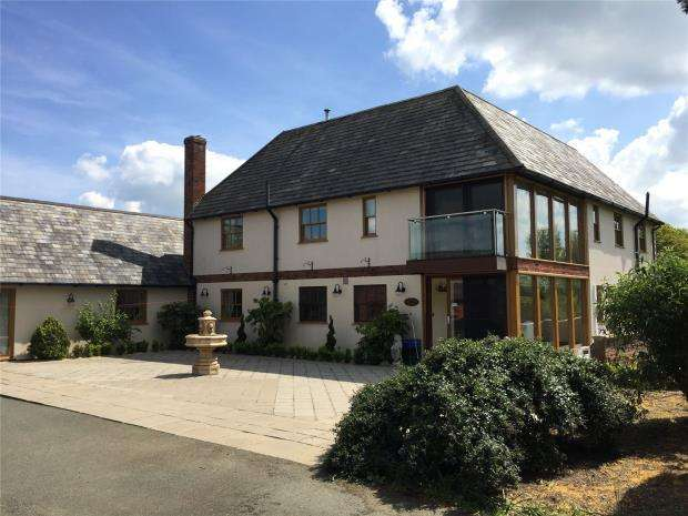 4 Bedrooms Detached House for sale in Shotton Farm, Pecknall, Halfway House, Shrewsbury