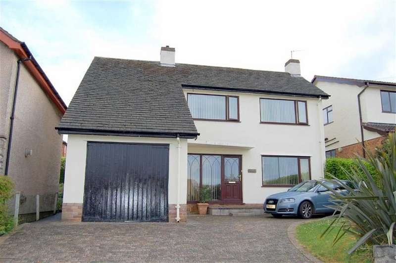 3 Bedrooms Detached House for sale in Vincent Avenue, Llandudno, Conwy