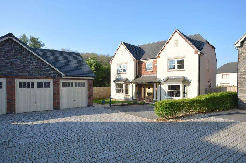 5 Bedrooms Detached House for sale in Cadogan House, Town Mill Road, Cowbridge, CF71 7BE