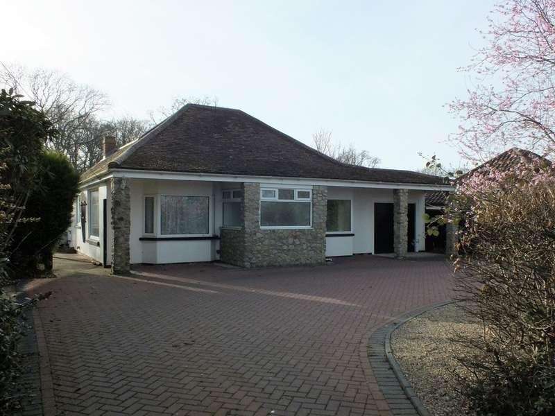 5 Bedrooms Detached House for sale in Hornash Lane, Ashford, TN26