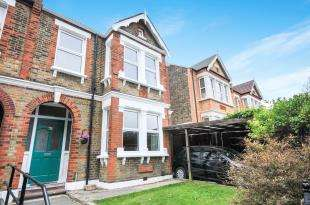 3 Bedrooms Semi Detached House for sale in Shrewsbury Lane, Woolwich