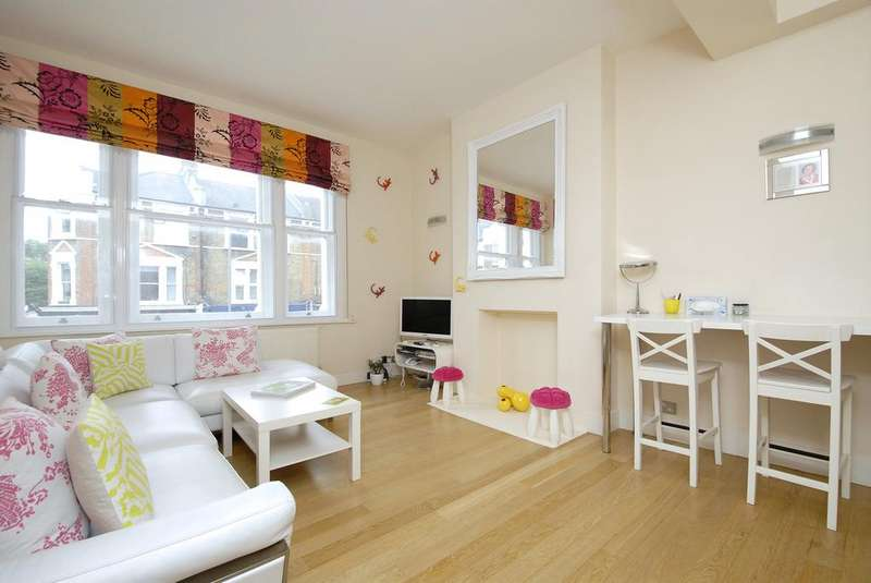 2 Bedrooms Flat for sale in Northcote Road, SW11