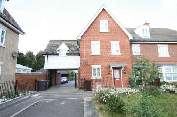 4 Bedrooms Terraced House for sale in Lockwell Road, Dagenham, Essex