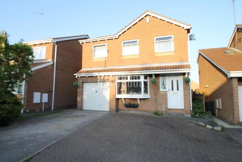 4 Bedrooms Detached House for sale in Gaunt Road, Bramley
