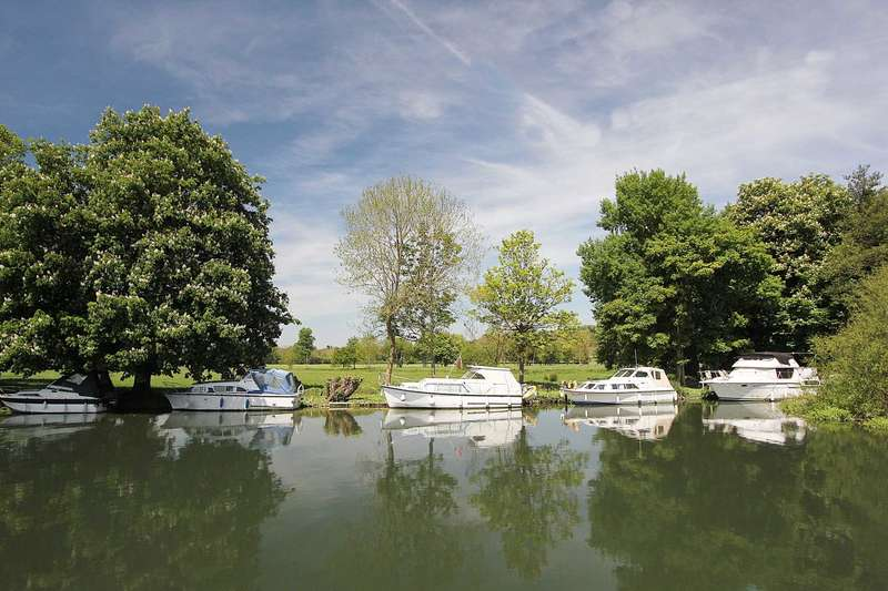 Plot Commercial for sale in Whitchurch On Thames,(Nr Pangbourne) Oxfordshire