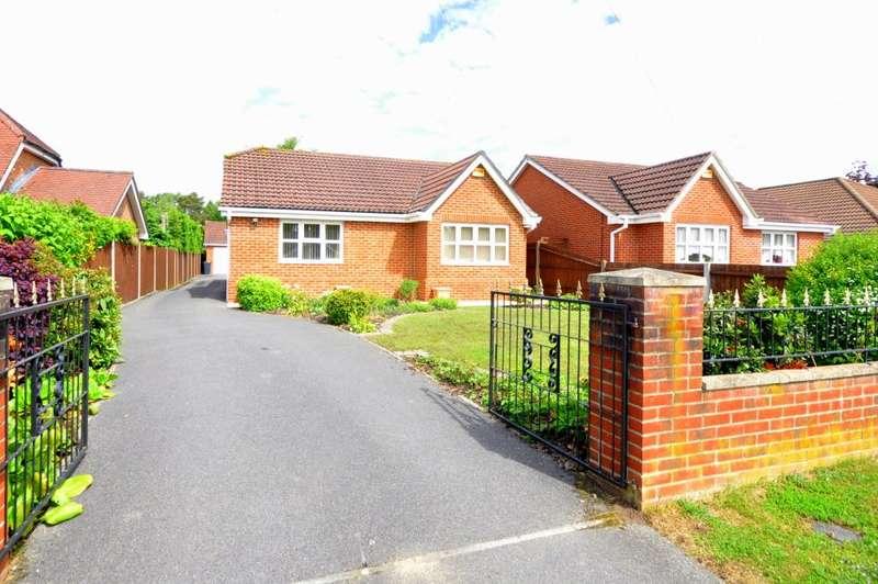 4 Bedrooms Detached Bungalow for sale in Lions Lane, Ashley Heath, Ringwood, BH24 2HL