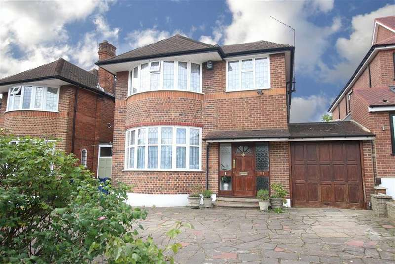 4 Bedrooms Detached House for sale in Southover, Woodside Park, London