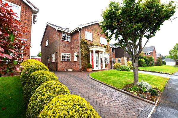 4 Bedrooms Detached House for sale in Danebower Road, Trentham, Stoke-On-Trent