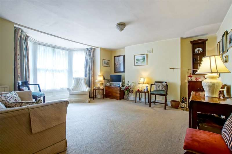 1 Bedroom Flat for sale in Churchill Road, London
