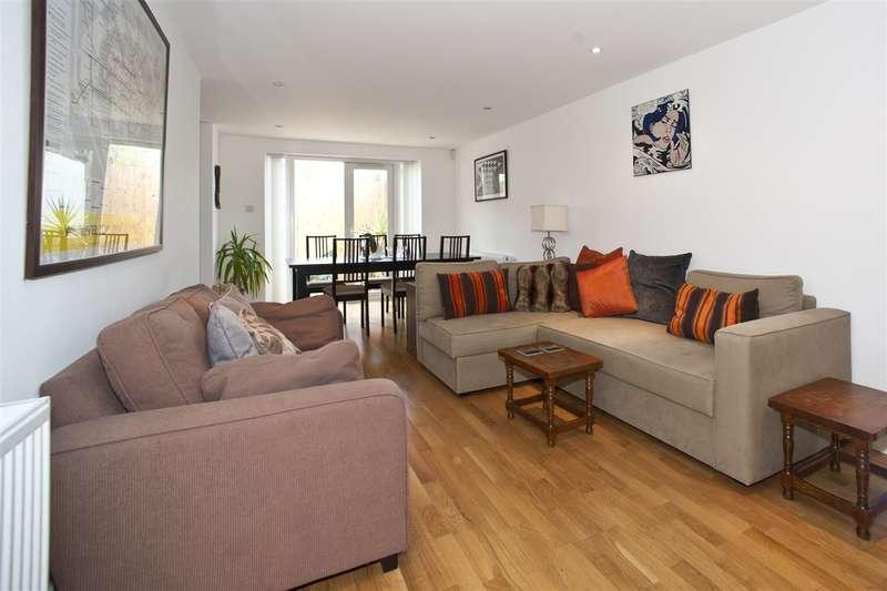 3 Bedrooms Flat for sale in Loftus Road, Shepherd's Bush