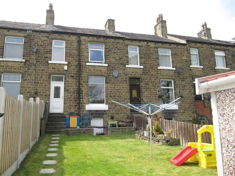 3 Bedrooms Terraced House for sale in Rufford Road, Milnsbridge, Huddersfield, HD3