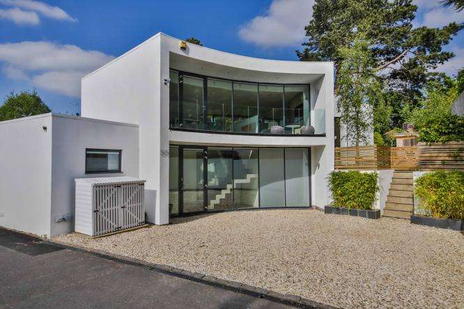 5 Bedrooms Detached House for sale in Bafford Lane, Charlton Kings, Cheltenham, GL53 8DN