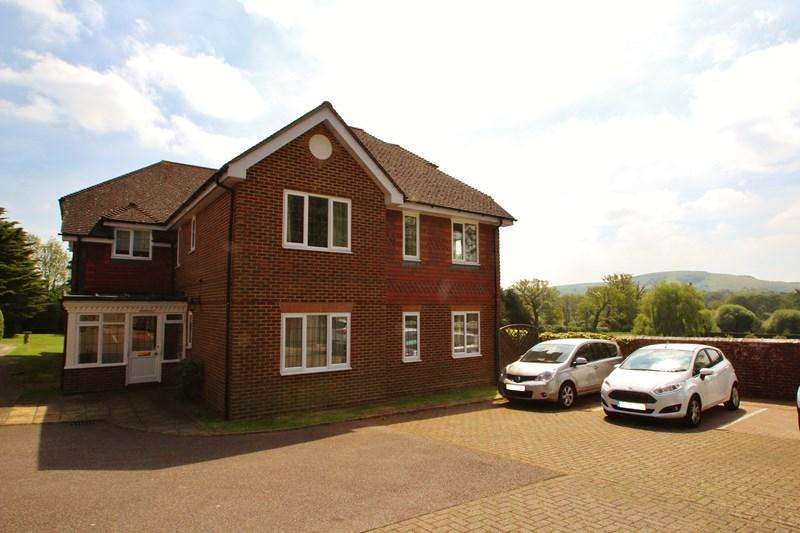 1 Bedroom Retirement Property for sale in South Avenue, Hurstpierpoint