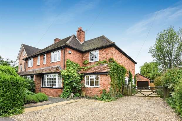 4 Bedrooms Semi Detached House for sale in Emmbrook Road, WOKINGHAM, Berkshire