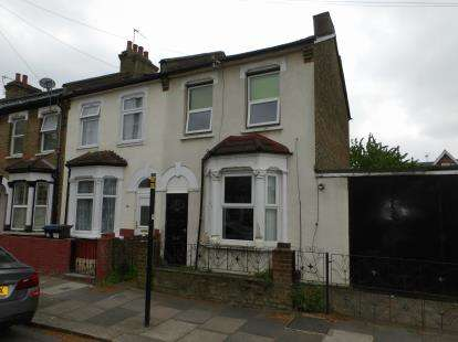 3 Bedrooms Terraced House for sale in Morley Avenue, London