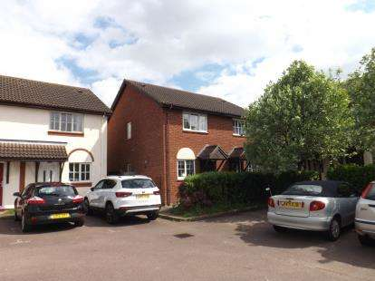 2 Bedrooms Semi Detached House for sale in Paddocks Chase, Potton, Sandy, Bedfordshire