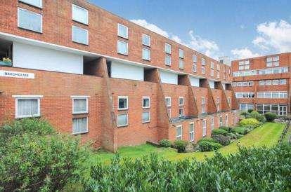 2 Bedrooms Flat for sale in Beecholme, Woodside Park Road, London