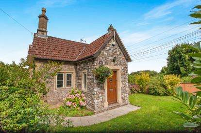 3 Bedrooms Detached House for sale in Thornbury Road, Thornbury, Bristol, Gloucestershire