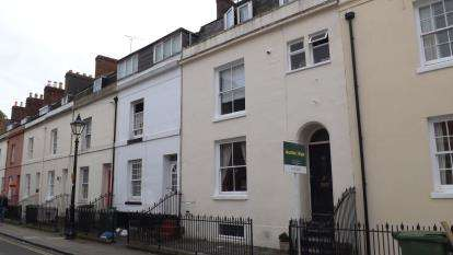 5 Bedrooms Terraced House for sale in Southsea, Hampshire, United Kingdom