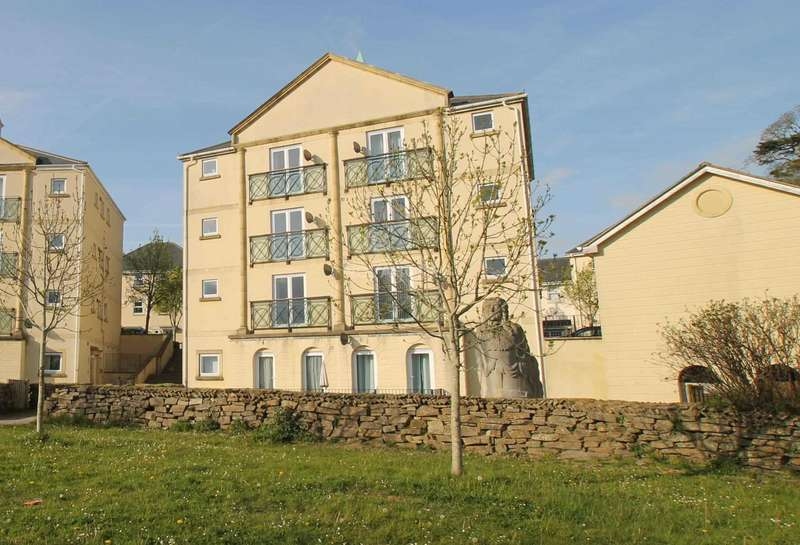 2 Bedrooms Apartment Flat for sale in Aberdeen Avenue, Manadon Park, PL5 3UW