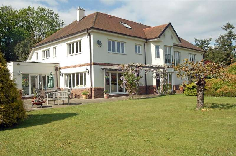 5 Bedrooms Detached House for sale in Hightown Hill, Ringwood, Hampshire, BH24