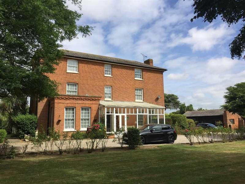 8 Bedrooms Detached House for sale in Hall Road, Asheldham