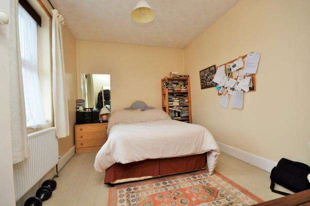 2 Bedrooms Flat for sale in Bradham Lane, Exmouth, Devon