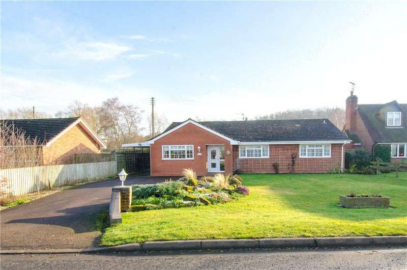 3 Bedrooms Detached Bungalow for sale in Earls Common Road, Stock Green, Redditch, Worcestershire, B96