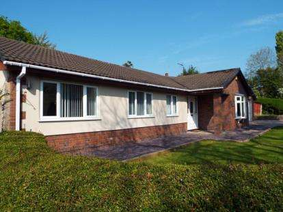 4 Bedrooms Bungalow for sale in Nant Mawr Road, Buckley, Flintshire, CH7