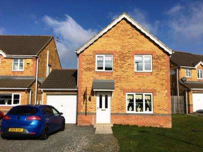 4 Bedrooms Detached House for sale in Foxglove Way, Shildon, Durham