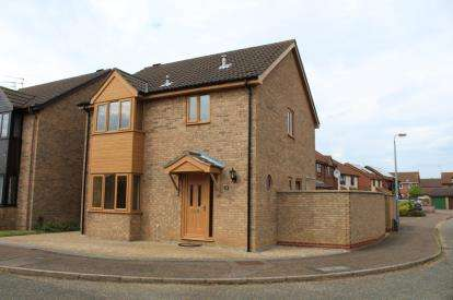3 Bedrooms Detached House for sale in Bradwell, Great Yarmouth, Norfolk