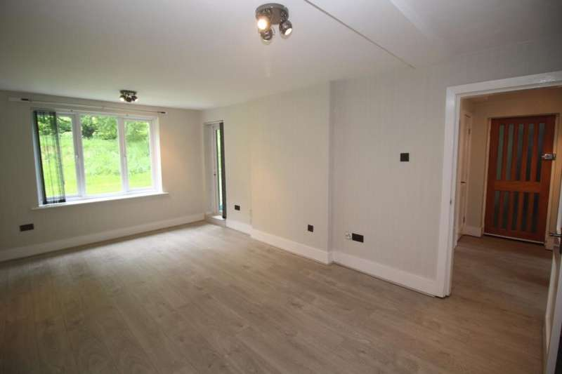1 Bedroom Apartment Flat for sale in Lockett Gardens, Trinity Gardens, Salford, M3