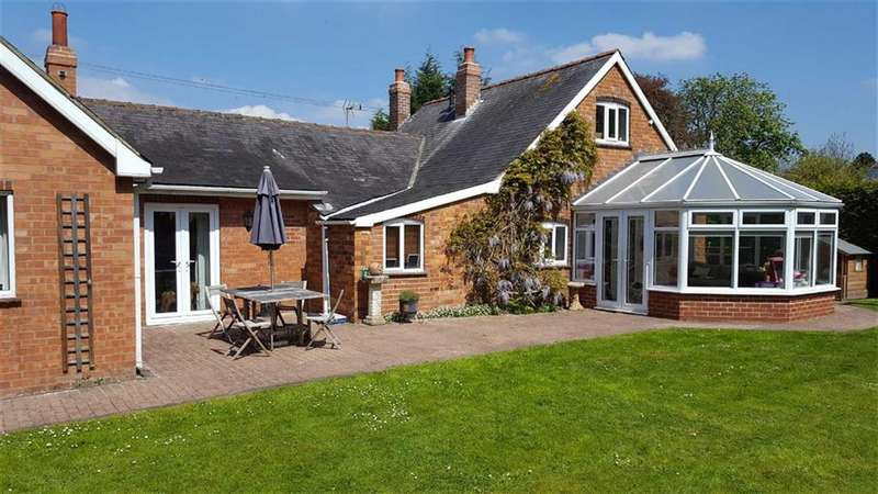 4 Bedrooms Property for sale in Vicarage Lane, Skirlaugh, East Yorkshire
