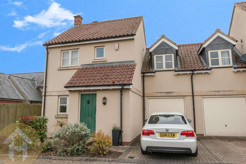 3 Bedrooms Semi Detached House for sale in Brooklands, Royal Wootton Bassett.
