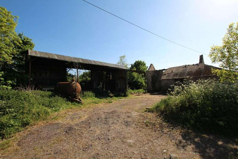 3 Bedrooms Barn Conversion Character Property for sale in Honeyhall Lane, Congresbury