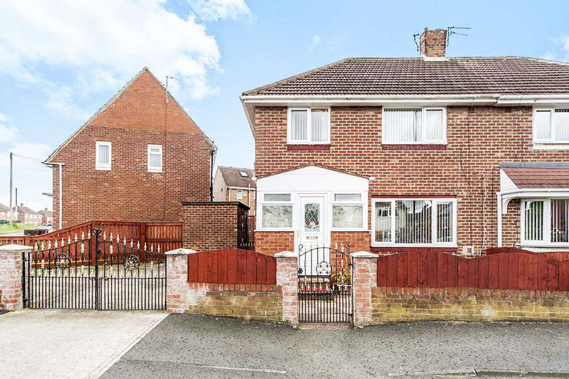 3 Bedrooms Semi Detached House for sale in Cranleigh Road, Hylton Castle, Sunderland, SR5